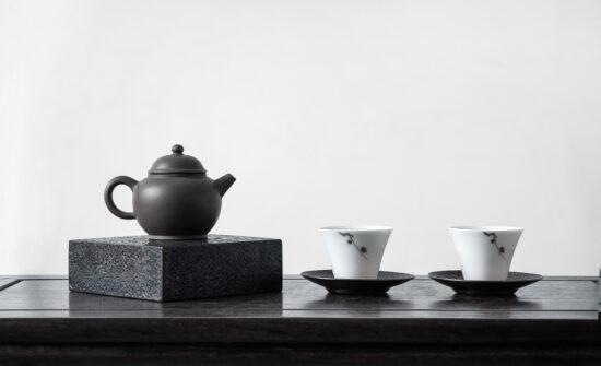 japanese-tea-pot-cups